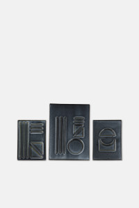 CERAMIC RELIEF WALL DECORATION SET/NAVY